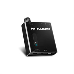 M-Audio Bass Traveler Portable Powered Headphone Amplifier with w